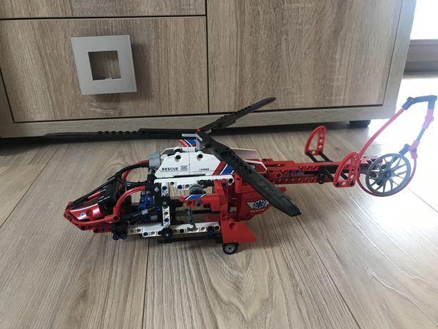 Helikopter Ratowniczy LEGO TECHNIC