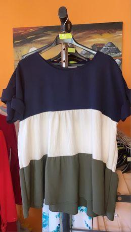 Blusa tricolor nova