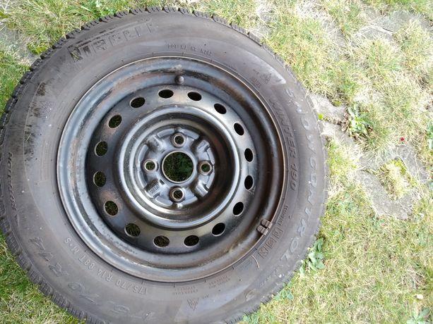 Sprzedam 4 koła opony zimowe Pirelli 175/70 R14