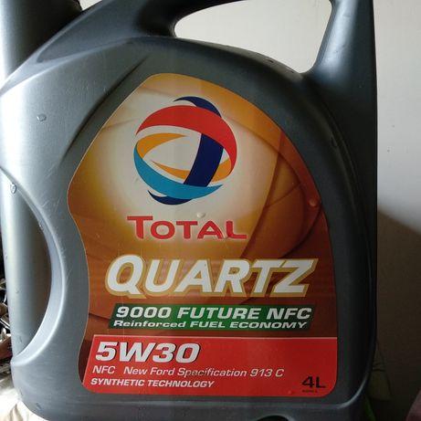 Моторное масло Total Quartz 5w30