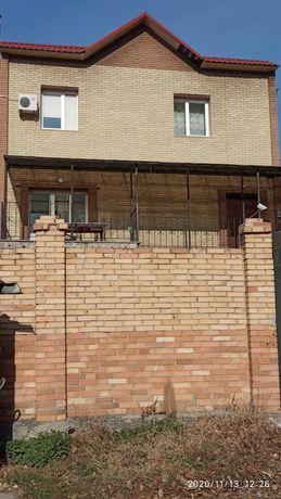 Продам дом 350 м2 в Центре Донецка с евро-ремонтом документы готовы