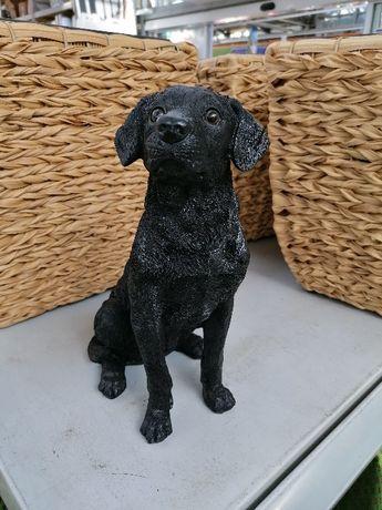 OBI Pies labrador czarny z tworzywa 30cm PROMOCJA z 91,99 na 63,98 zł
