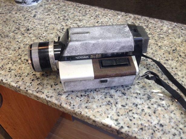 Maquina fotográfica antiga , kodac de coleção