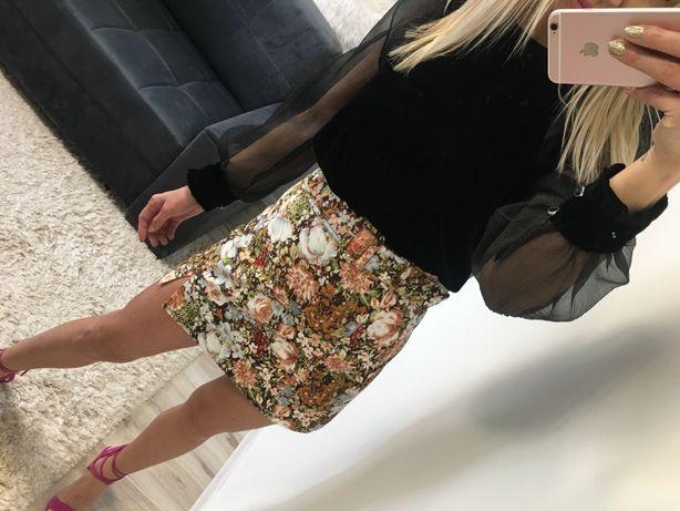 Spodnica xs Zara w kwiatki z paskiem w talii