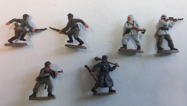 B.Ręcznie malowane figurki Revell 2505 (6 szt.), wehrmacht, skala 1/72