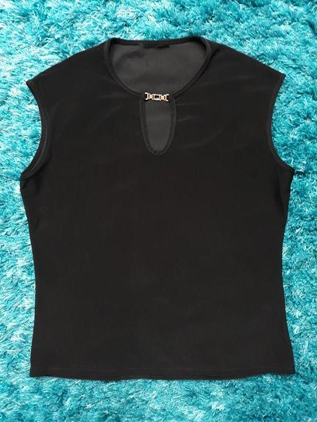 Czarna bluzka na grubych ramiączkach