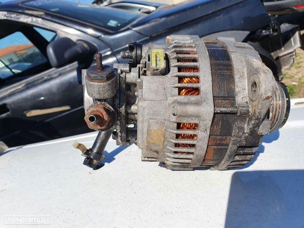 Alternador com Depressor dos Travoes - Opel Astra H 1.7 CDTI - 2008