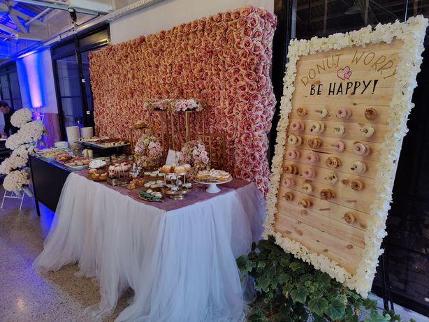 Ścianki kwiatowe, dekoracje weselne