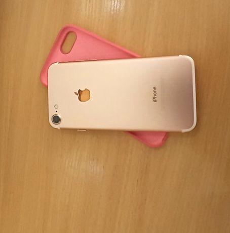 Продам IPhone 7 rose gold