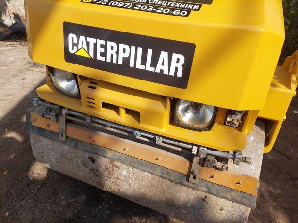 продам каток 3 тонны CAT CB24