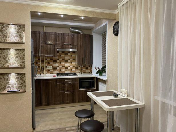 Квартира-студия класса «Люкс» в самом центре города-1