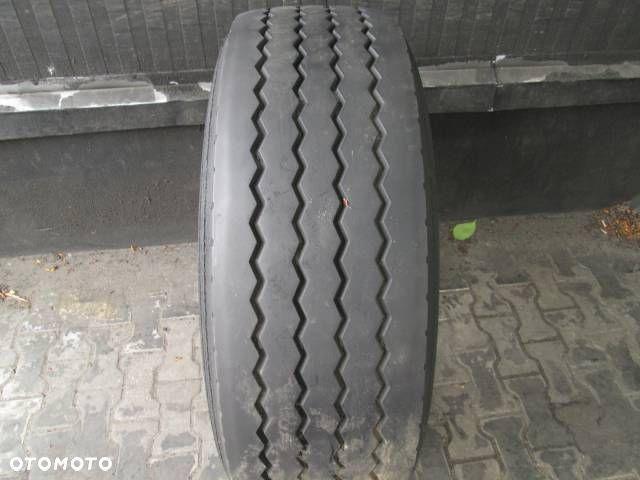 385/65R22.5 Doublecoin Opona ciężarowa RR905 Naczepowa 9 mm Ksawerów - image 1