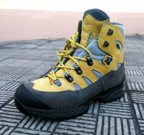 Hanwag 42 р трекинговые горные ботинки кожаные. (lowa meindl)