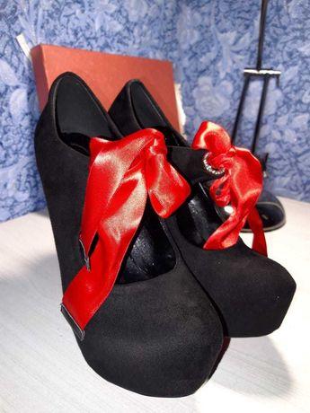 Продам туфли новые STELLA MARCO