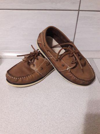 Взуття для хлопця