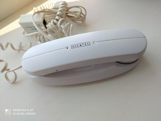 Белый стационарный телефон Alcatel с креплением на стену /городской