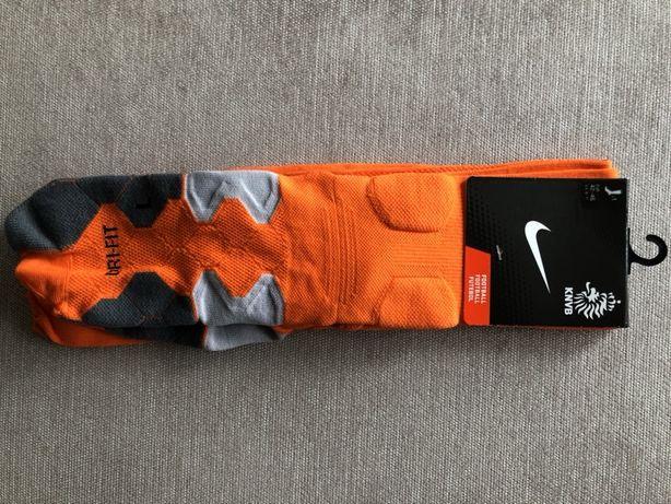 Getry piłkarskie NIKE orange