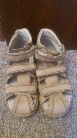 Ортопедические сандали кожаные б/у