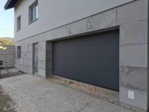Brama segmentowa przemysłowa garażowa uchylna brama Wiśniowski