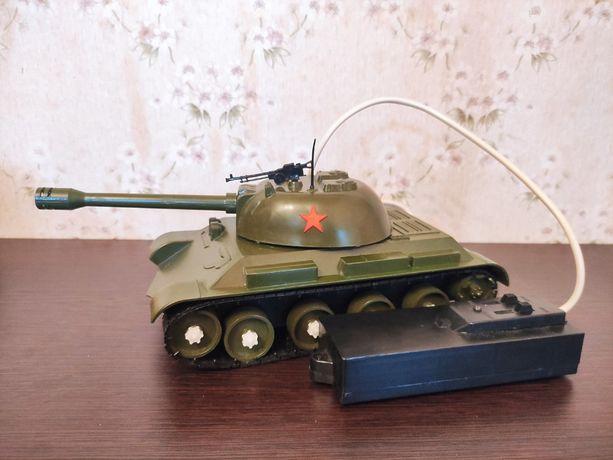 Игрушка/Танк на пульте/СССР