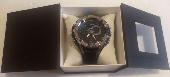 Часы - Timex TW5M23000 - новые оригинал