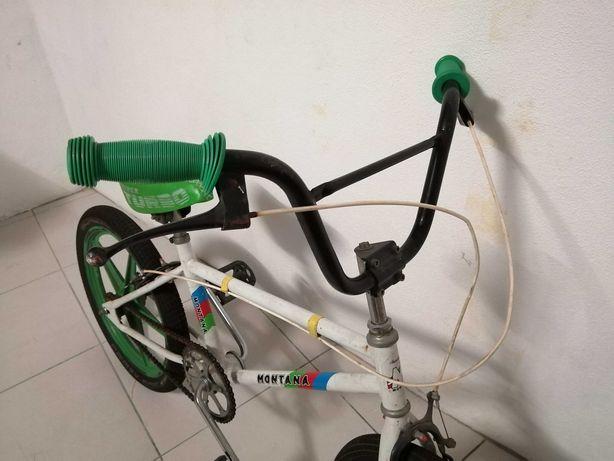 Bicicleta antiga de Cross