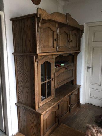 Kredens drewniany