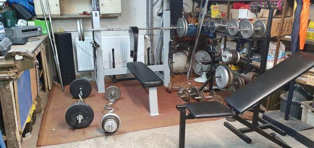 Domowa siłownia 200kg obciążenia dla chętnych więcej zdjęć.