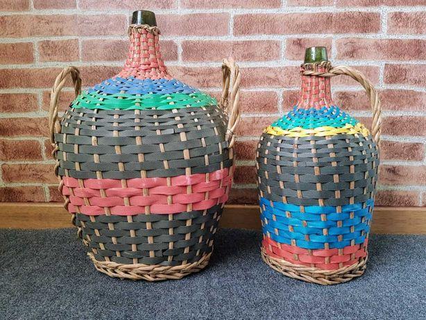 Par de garrafões de vidro antigos empalhados multicolores