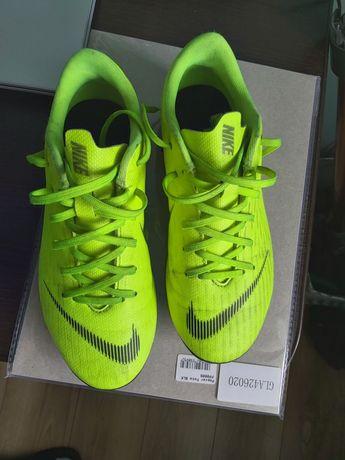 Nike JR Mercurial Vapor 12 Academy GS FG Rozmiar 33.5
