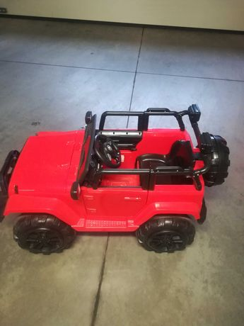 Jeep na akumulator