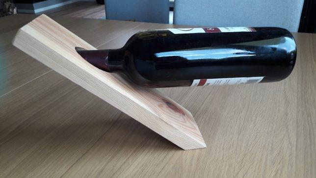 Stojak na wino, drewno