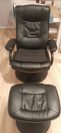 Krzeslo z podnóżkiem