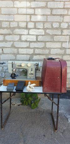 Продам швейную машинку Чайка - III КЛ 116-2