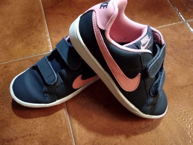 Nike menina tamanho 32