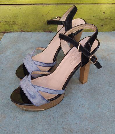 Босоножки, сандали, каблуки 36р.23см