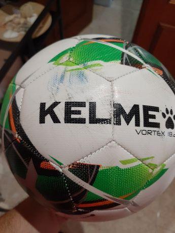 Bola futebol Kelme
