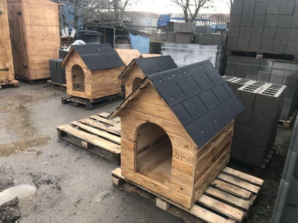 Продаж деревяних собачих будок