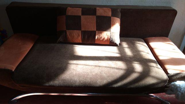 Двухспальной диван кровать.