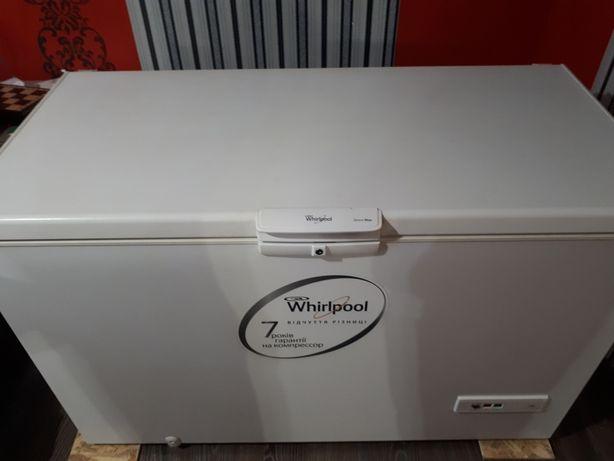 Морозильная камера Whirlpool 450л