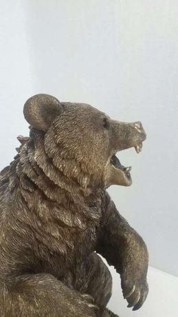 Подарок мужчине коллекционный Скульптура медведь