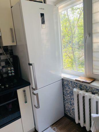Холодильник Vestfrost RF383EW