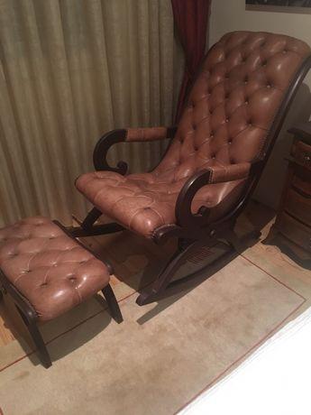 Cadeira de baloiço em pele