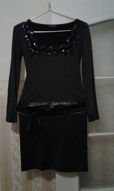 Шикарное платье р.38