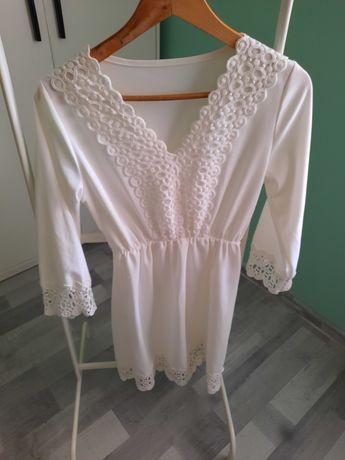Biała sukienka z koronką rozmiar L