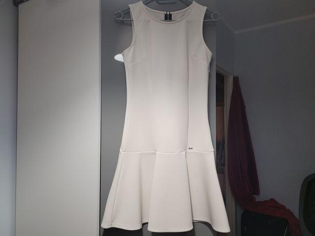 Biała sukienka 36