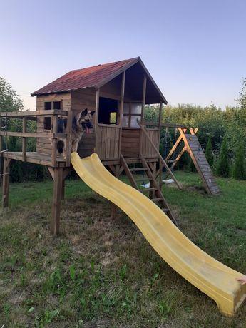 Domek drewniany/ plac zabaw