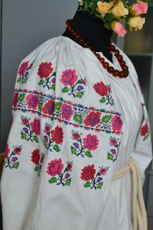 Старинная многоцветная вышитая сорочка вышиванка, вишиванка старовинна
