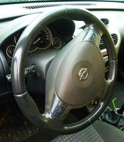 Kierownica skórzana Opel Corsa C lift