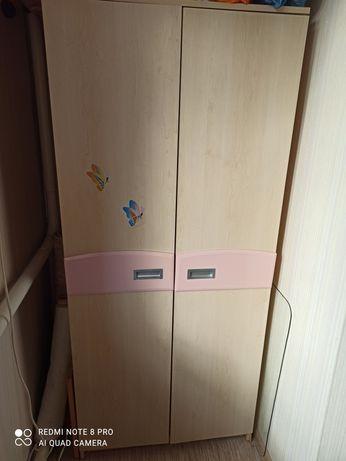 Детская спальня шкаф пенал книжный шкаф стол